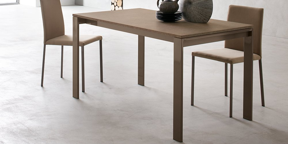 RF1073 Dining Table